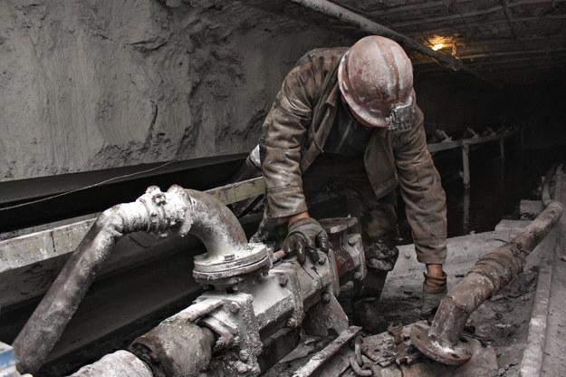 Płace w górnictwie nie robią już teraz na nikim zbytniego wrażenia /123RF/PICSEL