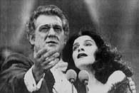 Placido Domingo i Angela Gheorghiu podczas koncertu w Bukareszcie, 1994 /Encyklopedia Internautica