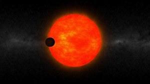 Planeta za duża na swoją gwiazdę