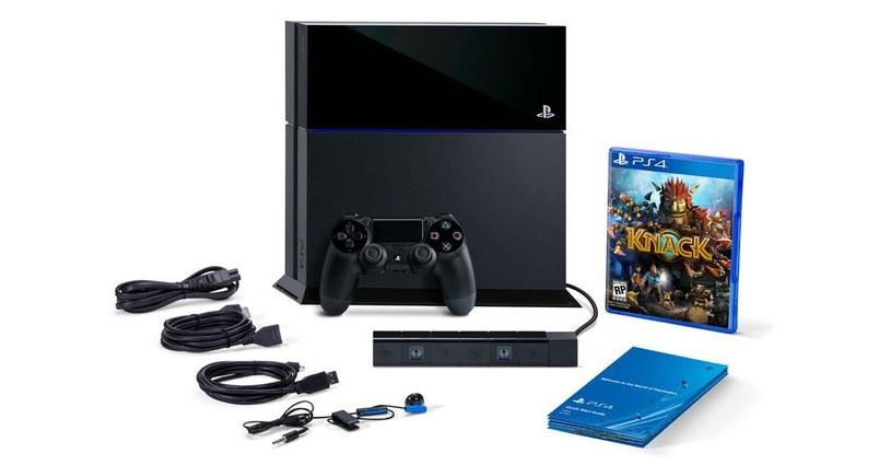 PlayStation 4 - opisywany w materiale zestaw z kamerą i grą Knack /materiały prasowe