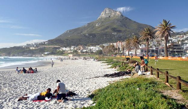 Plaża Camps Bay w RPA /123/RF PICSEL