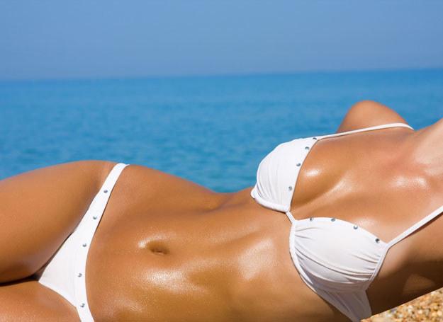 Plażowanie czy kosmetyki brązujące? /- /123RF/PICSEL
