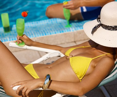 Plażowe rozterki – obalamy mity o opalaniu