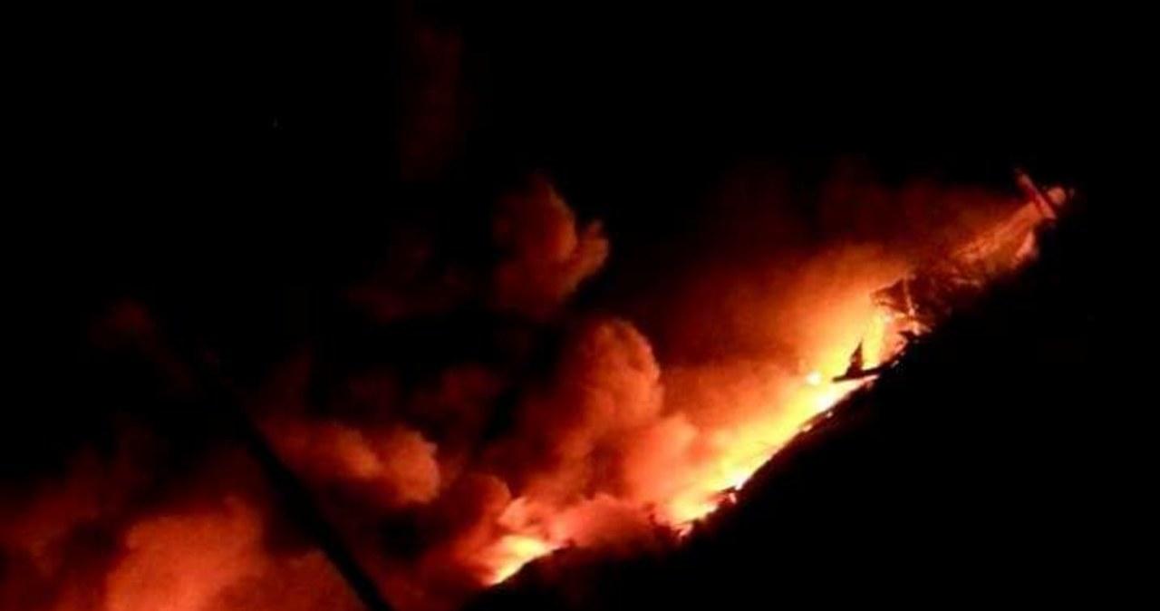 Płonie wielka hala produkcyjna na Mazowszu