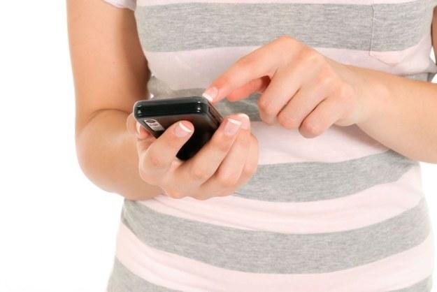 Plus i T-Mobile - bitwa na SMS-y /©123RF/PICSEL