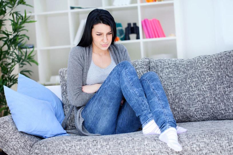 PMS (Premenstrual syndrome) może mieć postać łagodną, umiarkowaną oraz ciężką /  - /©123RF/PICSEL
