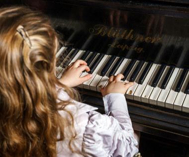Po co ci pianino? Dla koleżanek?
