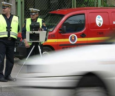 Po co są straże miejskie? By polować na kierowców
