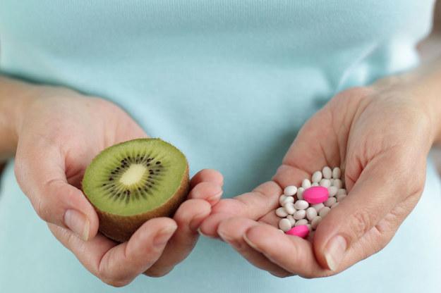 Po czterdziestce coraz trudniej zgubić dodatkowe kilogramy /©123RF/PICSEL