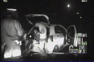 Po otwarciu bagażnika policjanci nie mogli uwierzyć własnym oczom