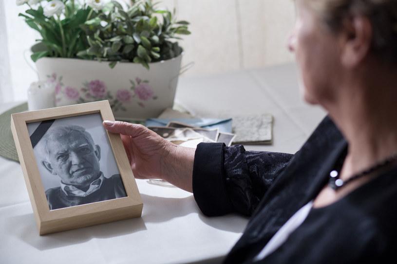 Po śmierci taty, mama popadła w depresję /©123RF/PICSEL