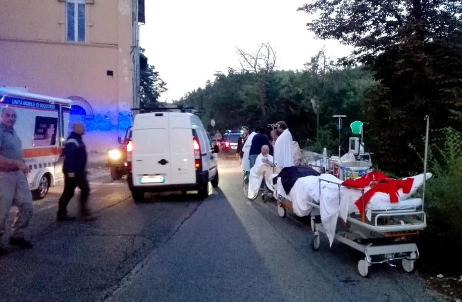 Po trzęsieniu ziemi we Włoszech /LUCA PROSPERI /PAP/EPA