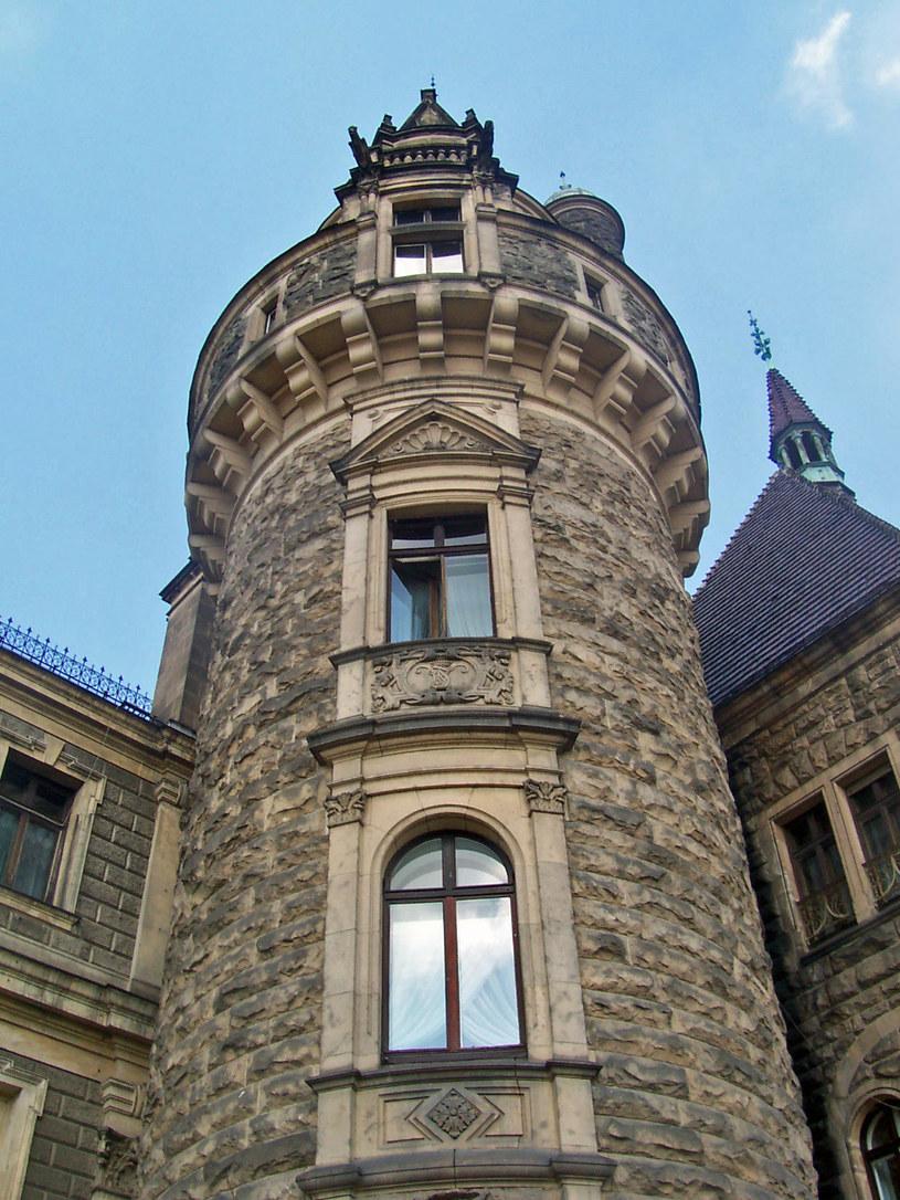 Po wojnie zamek nie miał stałego użytkownika. Dopiero w 1972 roku polskie władze postanowiły  wykorzystać mikroklimat wsi zamieniając zamek w  sanatorium, później w Wojewódzki Ośrodek Profilaktyczno-Sanatoryjny /Tomasz Piekarski /MWMedia