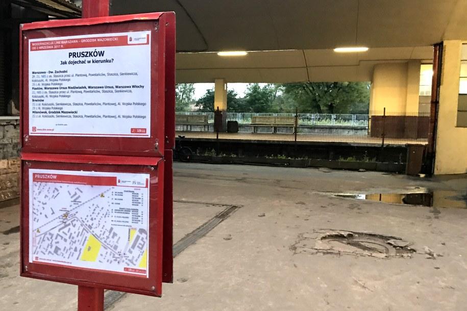 Po zakończeniu prac, pociągi będą mogły rozpędzić się na tzw. linii grodziskiej do 120 kilometrów na godzinę. /Michał Dobrołowicz /RMF FM