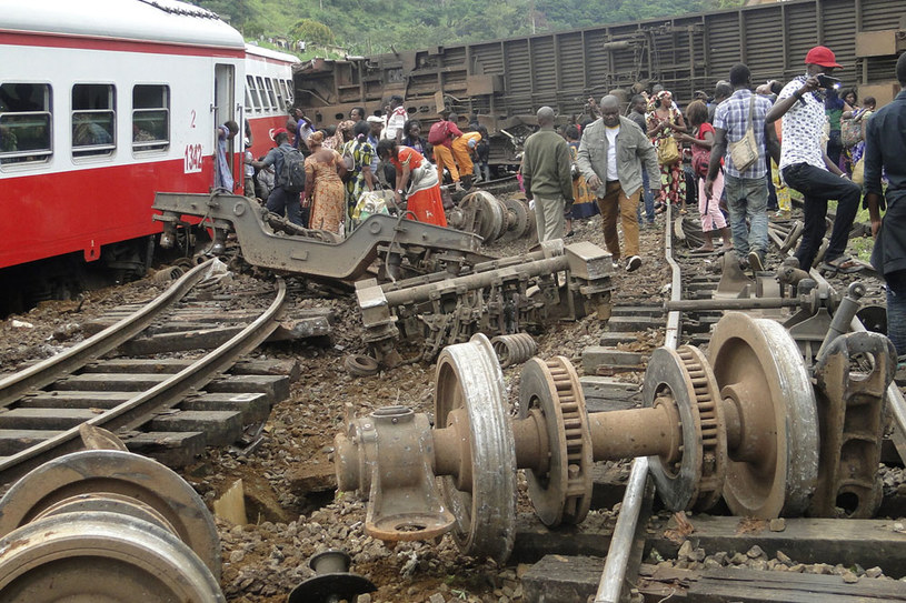 Pociąg przystosowany był do przewożenia 600 osób. W dniu katastrofy podróżowało nim ok. 1400 /AFP