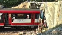 Pociąg uderzył w wiadukt