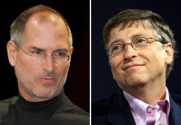 Pod koniec swojego życia Steve Jobs zaprzyjaźnił się z Billem Gates'em /AFP