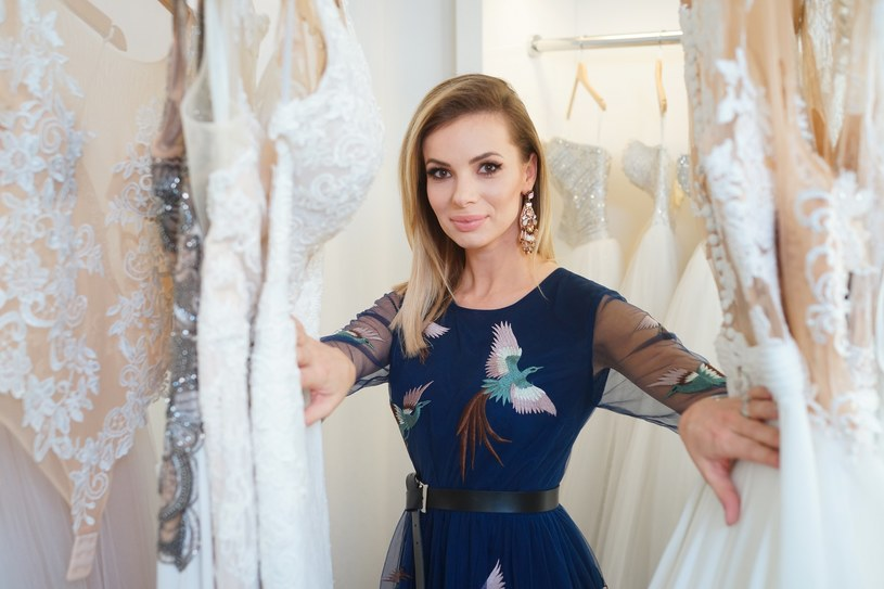 Podczas organizowania swojego ślubu absolutnie zakochałam się w tematyce ślubnej - mówi Izabela Janachowska /Wedding