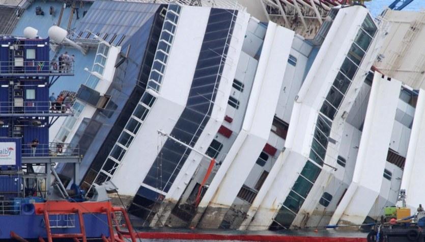Podnoszenie wraku Costa Concordia