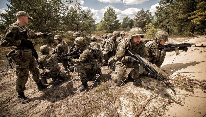 Podstawowe szkolenie żołnierzy WOT trwa 16 dni /DWOT /INTERIA.PL/materiały prasowe