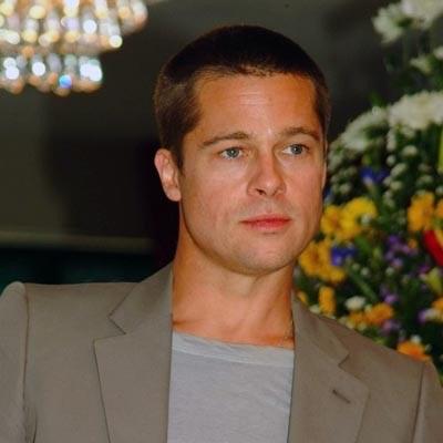 Podszywanie się pod Brada Pitta jest trudniejsze niż granie przed światem Stanleya Kubricka /AFP