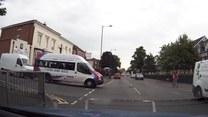 Podwójny pech kierowcy busa