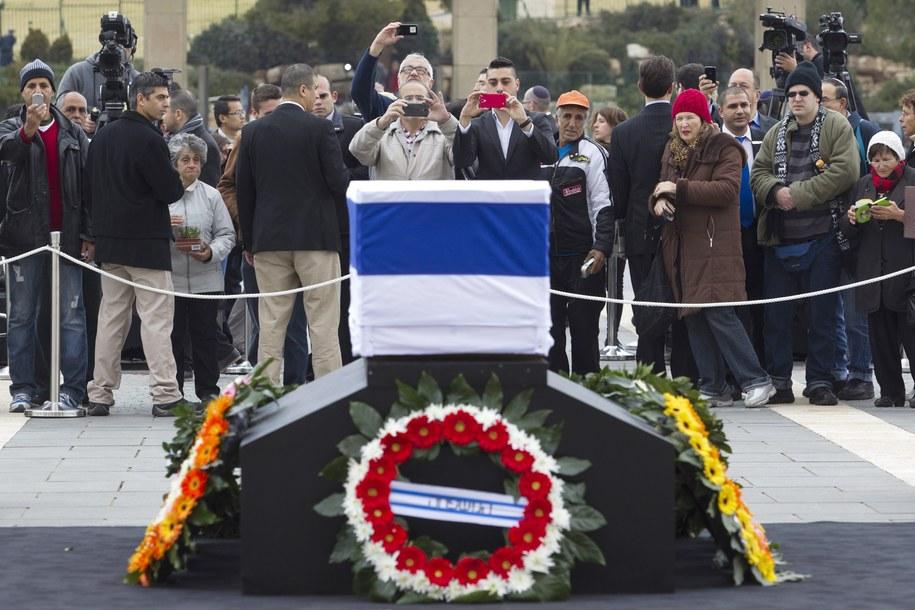 Pogrzeb Ariela Szarona odbędzie się jutro /JIM HOLLANDER    /PAP/EPA