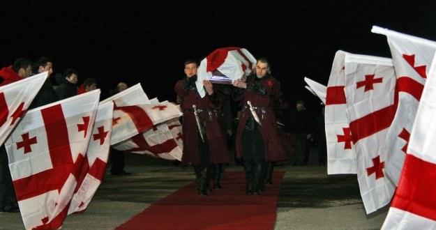 Pogrzeb tragicznie zmarłego Nodara Kumaritaszwili /AFP