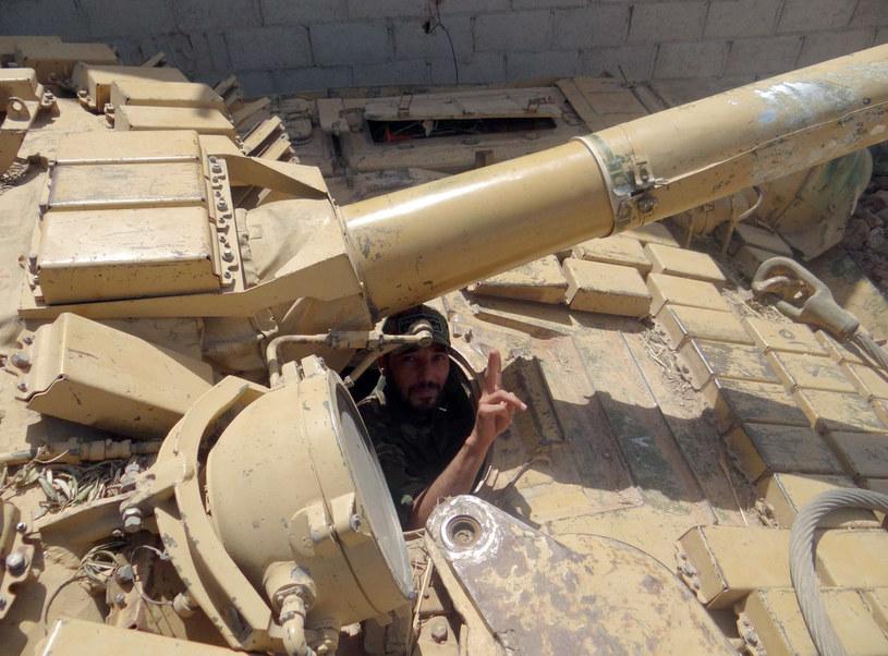 Pojawiły się podejrzenia, że gazy bojowe wykorzystywały nie tylko wojska rządowe, ale też rebelianci /AFP