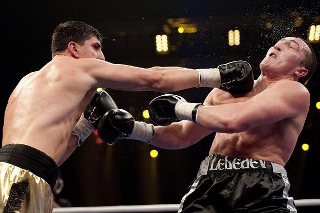 Pojedynek Marco Hucka (z lewej) z Denisem Lebiediewem /AFP