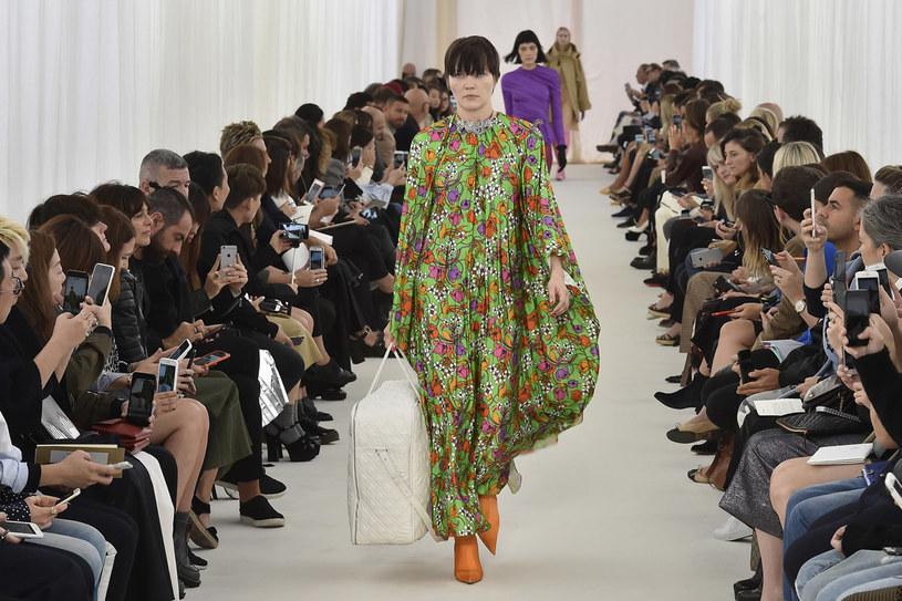 Pokaz Balenciagi na Paris Fashion Week /Getty Images