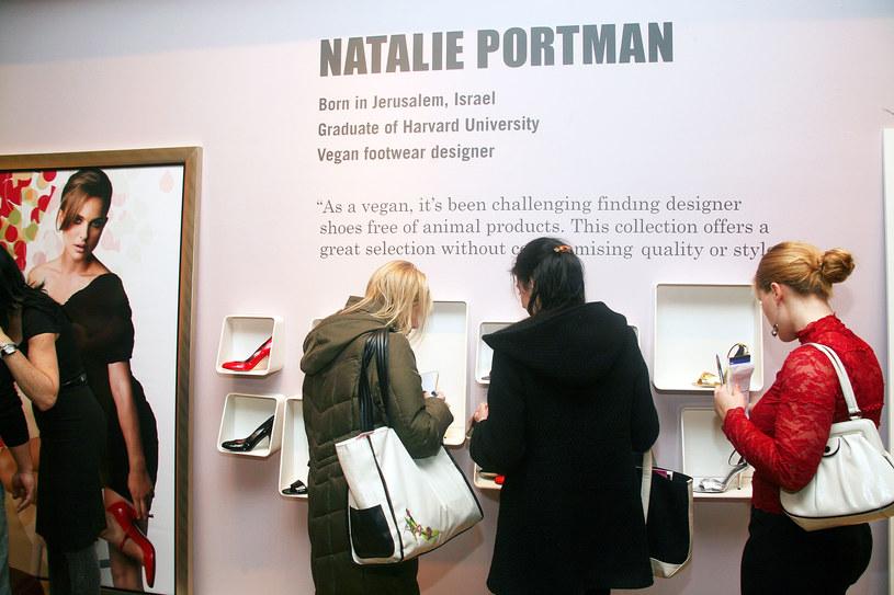 Pokaz kolekcji wegańskich butów /©123RF/PICSEL