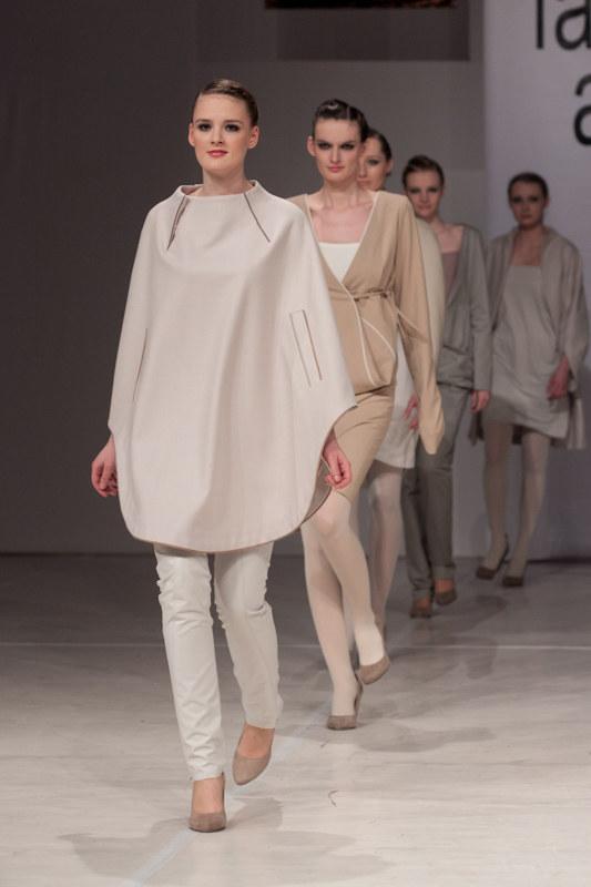 Pokaz Moniki Szumińskiej -Nemeth - Cracow Fashion Week 2011 /materiały prasowe