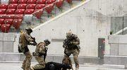 Pokaz wyszkolenia Oddziału Specjalnego Żandarmerii Wojskowej na Stadionie Narodowym