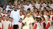 Pół tysiąca małych chórzystów ofiarami przemocy. Kapelmistrzem był brat papieża