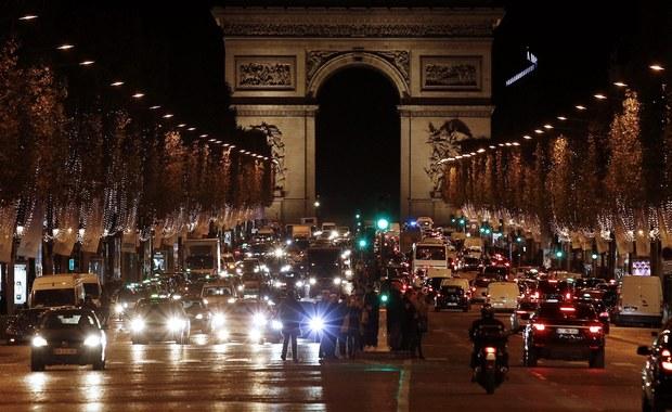Pola Elizejskie, stacje metra, park rozrywki i kościoły. Terroryści ISIS chcieli zaatakować Paryż