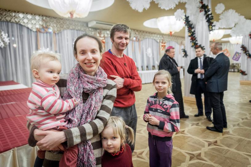Polacy ewakuowani z Donbasu /Piotr Apolinarski /Agencja FORUM