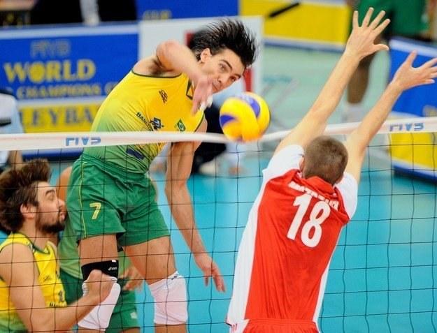 Polacy i Brazylijczycy zmierzą się ze sobą już w 2. rundzie MŚ we Włoszech /AFP