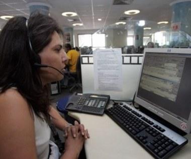 Polacy lubią call center
