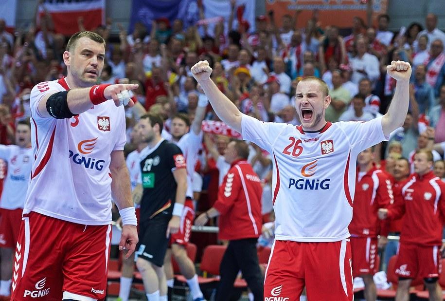 Polacy Michał Daszek (P) i Bartosz Jurecki (L) (zdj. ilustracyjne) /Adam Warżawa /PAP