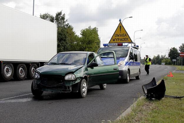 Polacy mniej jeżdżą, więc mają mniej stłuczek / Fot: Leszek Rusek /Reporter