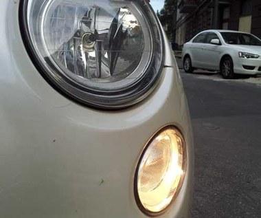 Polacy najchętniej w Europie używają świateł do jazdy dziennej