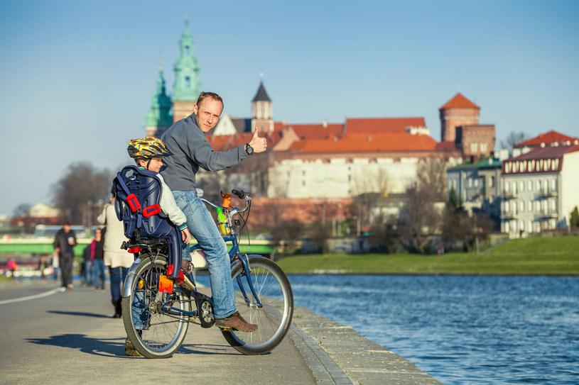 Polacy najczęściej deklarują zadowolenie z dzieci /Zdj. ilustracyjne /123RF/PICSEL
