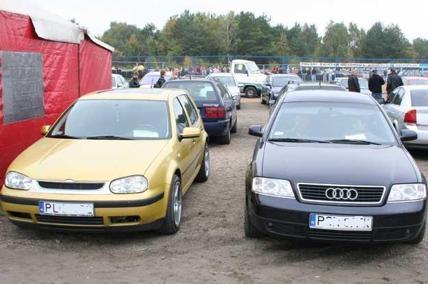 Polacy wolą kupować auta za gotówkę /INTERIA.PL