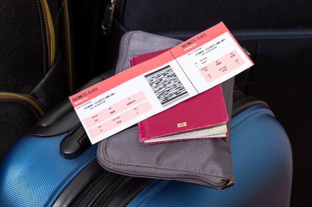 Polacy wolą wyjechać do innego kraju niż do innego miasta /123RF/PICSEL