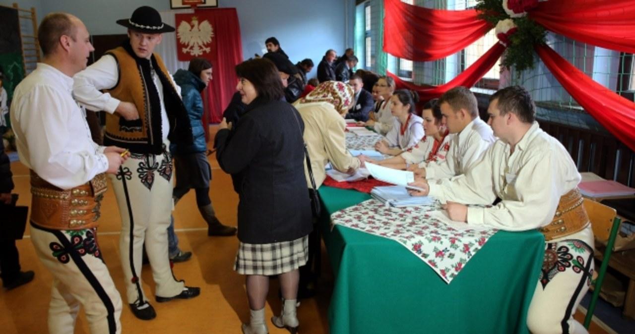 Polacy wybierają samorządowców