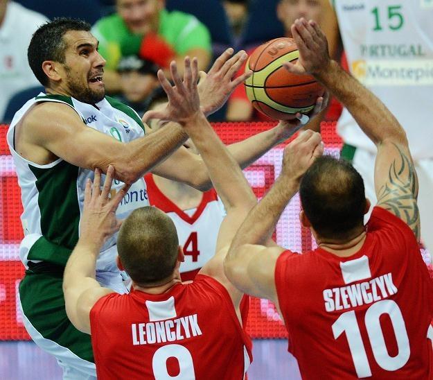 Polacy wygrali z Portugalią po ciężkim boju /AFP