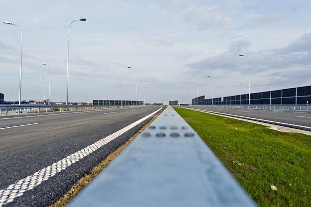 Polacy z utęsknieniem czekają na takie drogi... / Fot: Piotr Tracz /Reporter