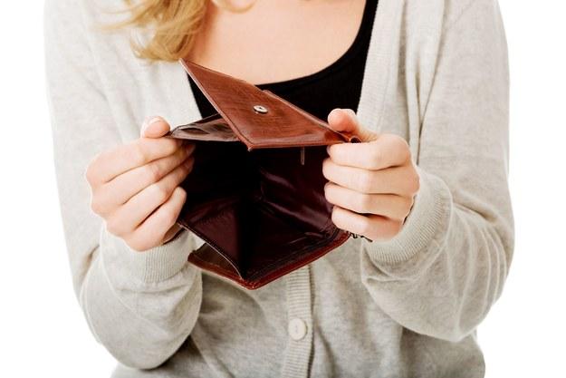 Polacy zarabiają mniej od Czechów, a dwa razy wyższą średnią pensję mają przeżywający kryzys Grecy /123RF/PICSEL