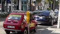 Polak zaparkował Fiata 126p w Beverly Hills...